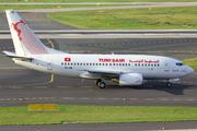 Boeing 737-6H3 (TS-IOL)