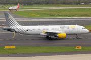 Airbus A320-214 (EC-LOC)