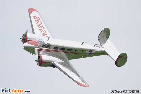 Beecch D18S (Aero Vintage Airlines)