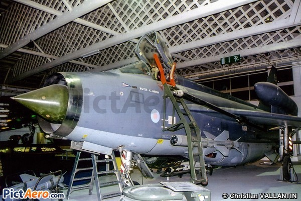 English Electric lightning F6 (RAF Museum Hendon)