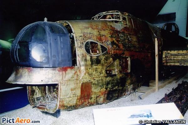 Handley Page HP-59 Halifax II (Royal Air Force Museum Hendon)