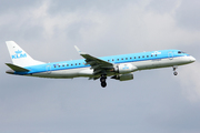 Embraer ERJ-190LR (ERJ-190-100LR) (PH-EZE)