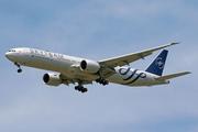 Boeing 777-3U3/ER (PK-GII)