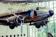 Douglas DC-3-201  (N18124)