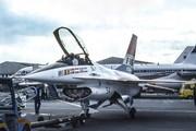 Feneral Dynamic YF-16