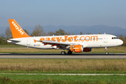 Airbus A320-214 (G-EZUK)