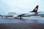 Boeing 737-330/QC (D-ABWH)