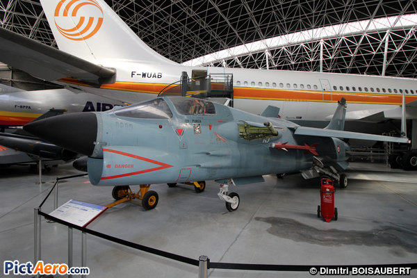 Vought F-8P Crusader (Les Ailes Anciennes Toulouse)