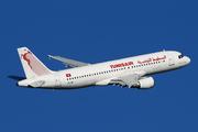 Airbus A320-211 (TS-IMI)