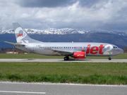 Boeing 737-377 (G-CELZ)