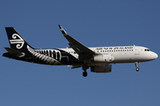 Airbus A320-232/WL (ZK-OXE)