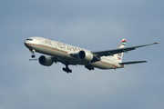 Boeing 777-3FX/ER (A6-ETP)