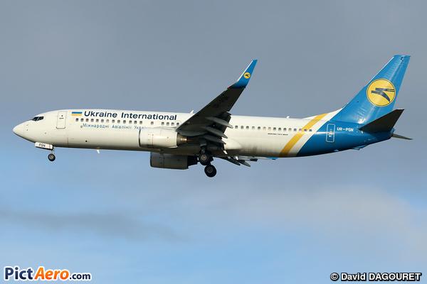 Boeing 737-86N/WL (Ukraine International Airlines)