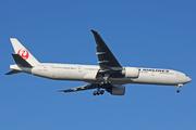 Boeing 777-346/ER (JA740J)