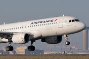 Airbus A320-214 (F-HBNJ)