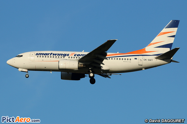 Boeing 737-7Q8 (Smart Wings)