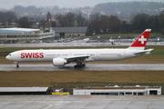 Boeing 777-3DE/ER (HB-JNL)