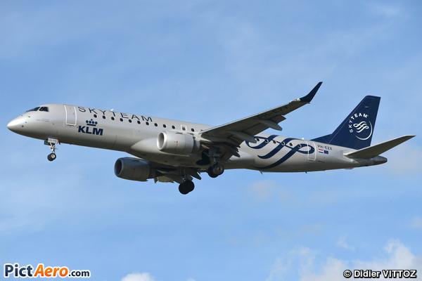 Embraer ERJ-190-100STD 190STD  (KLM Cityhopper)