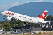 Airbus A220-300 (HB-JCO)
