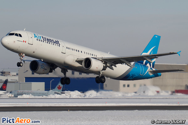 Airbus A321-211 (Air Transat)