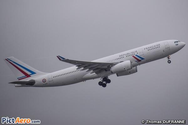 Airbus A330-243 (France - Air Force)