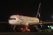 Boeing 757-2G5 (N929RD)