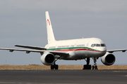 Boeing 757-2B6