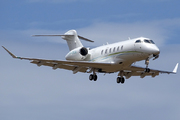Bombardier BD-100-1A10 Challenger 350 (ZS-CKA)