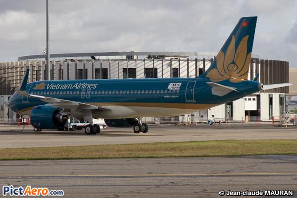 Airbus A320-271N  (Vietnam Airlines)