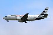 Boeing 737-330/QC (TS-ICA)