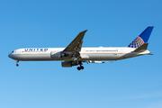 Boeing 767-424/ER (N68061)