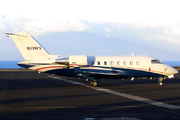Bombardier CL-600-2B16 Challenger 605 (N339FX)