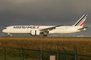 Boeing 787-9 Dreamliner (F-HRBG)
