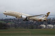 Boeing 787-9 Dreamliner (A6-BLZ)
