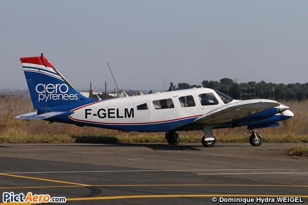 Piper PA-34-200T Seneca II (Aéropyrénées)