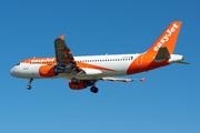 Airbus A320-214 (G-EZTA)
