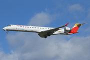 Canadair CL-600-2E25 Regional Jet CRJ-1000 (EC-LJX)