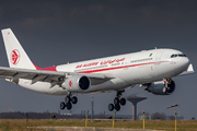 Airbus A330-202 (7T-VJW)