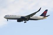 Boeing 767-3P6/ER (N154DL)