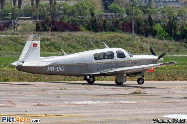 Mooney M20R Ovation (Cirrus Flying Club)