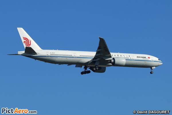 Boeing 777-39L/ER (Air China)