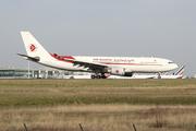 Airbus A330-202 (7T-VJX)
