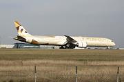Boeing 787-10 Dreamliner (A6-BMF)