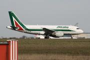 Airbus A319-111 (EI-IMM)