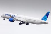 Boeing 787-10 Dreamliner (N12012)