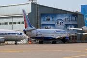 Boeing 737-4S3 (EI-DNM)