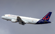 Airbus A320-214 (OO-SNK)