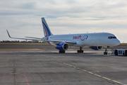 Boeing 757-223(PCF) (EC-NIV)