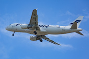 Airbus A320-214 (OH-LXD)