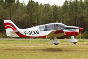 Robin DR400-180R Remorqueur (F-GLKB)